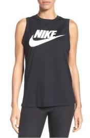 1. Nike Muscle tank